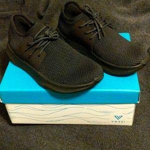 Vessi WATERPROOF Tennis shoes all black